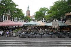 Den-Haag-138-Vergezicht-met-terrassen-en-Grote-of-Sint-Jacobskerk