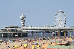 2018-07-24-Scheveningen-011-Strand-met-pier-en-reuzenrad