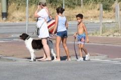 2018-07-24-Scheveningen-019-Moeder-en-kinderen-met-hond
